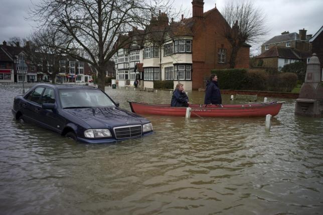 Flood Re insurance for flood risk delayed until April 2016