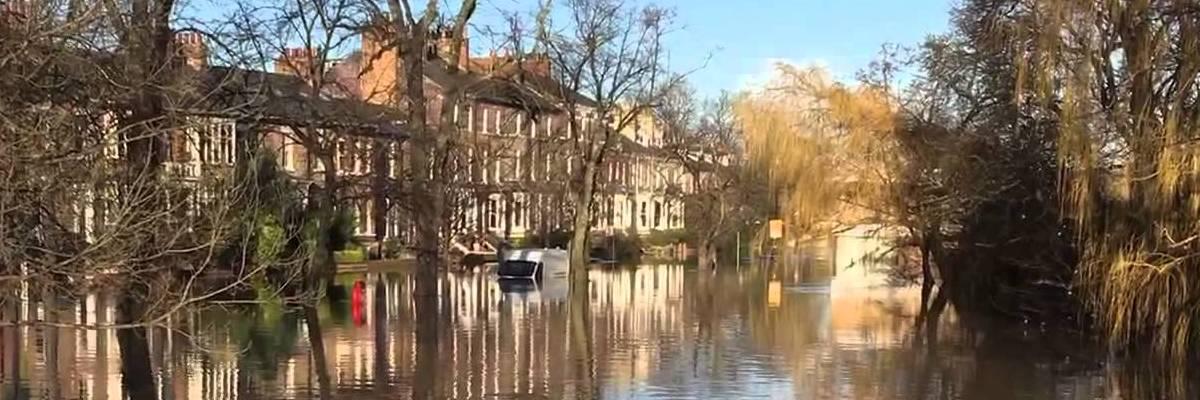flood-in-suburbia